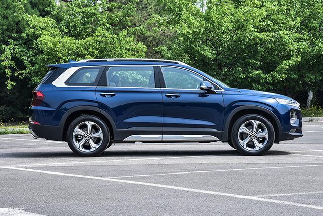20多万的6座SUV 不仅空间大还一身的黑科技
